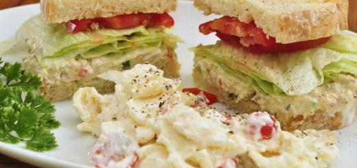 BLT salad pasta